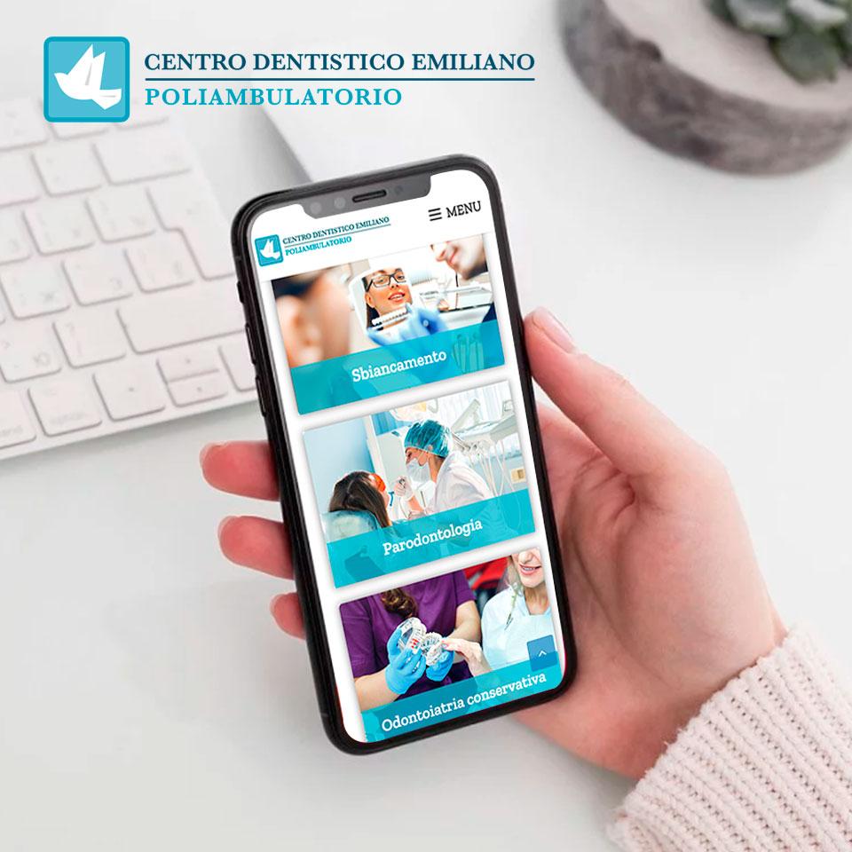 I box dei trattamenti di Centro Dentistico Emiliano sono visualizzabili comodamente anche da smartphone.