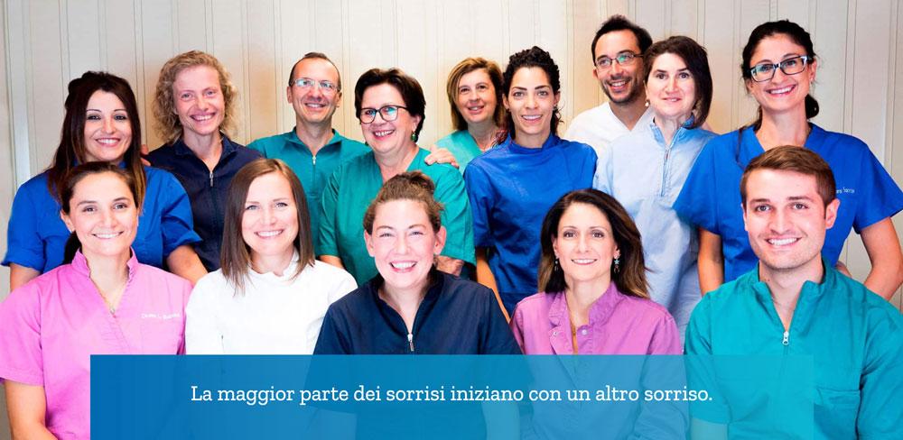 Il team al completo di Centro Dentistico Emiliano
