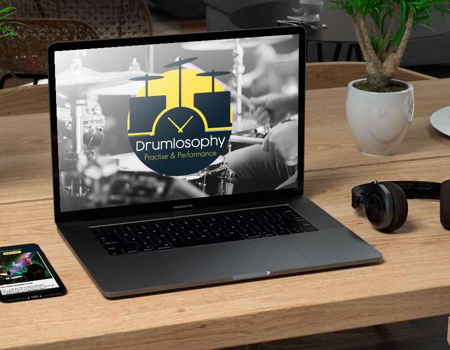Computer portatile con sito Drumlosophy